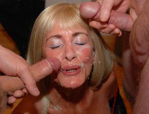 Старухи со спермой на лице 12 фото
