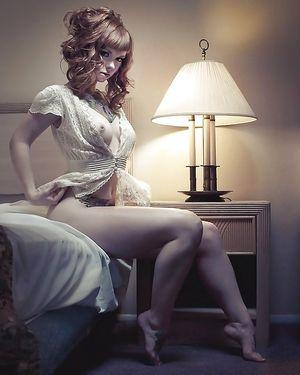 Девки в сексуальном белье 3 фото
