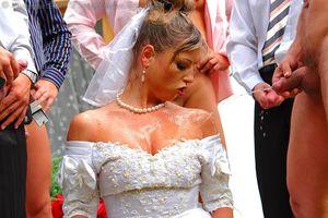 Невесту пустили по кругу дружки жениха 15 фото