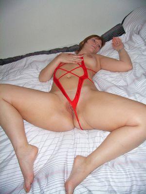 Домашнее фото жены с большой пышной задницей 21 фото