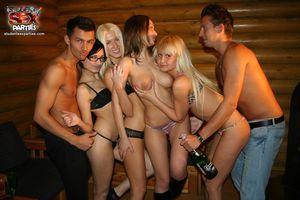 Подборка фотографий с пьяных вечеринок 2 фото