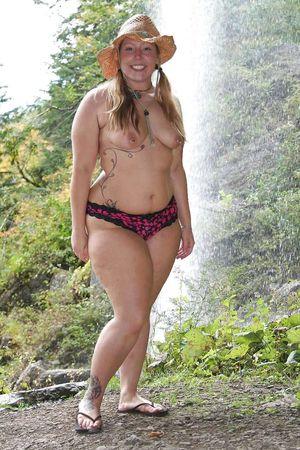 Зрелые толстушки и их любительские фото 23 фото
