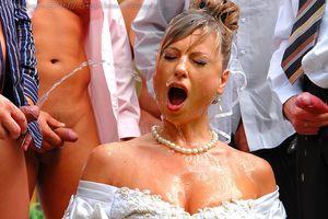 Невесту пустили по кругу дружки жениха 17 фото