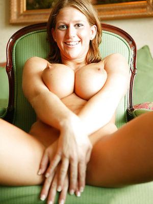 Ева Лоуренс любит пососать хуй 10 фото
