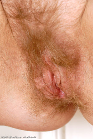 Фото голой бабки с волосатой мандой. 13 фото