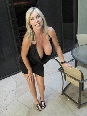 Жена с большими сиськами 1 фото