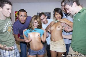 Пришли к парням в гости, а попали на групповуху 2 фото