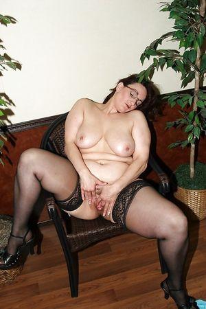 Эротическое фото толстой мамки 7 фото