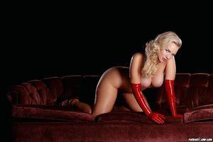 Анцилла Тилия в эротичном латексном платье 11 фото