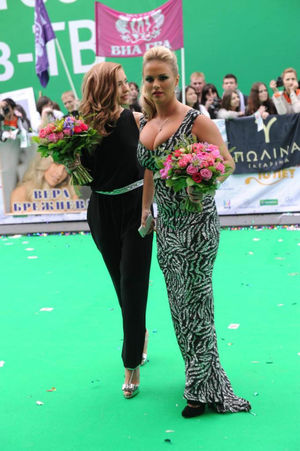 Анны Семенович фото в разных нарядах 6 фото
