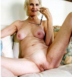 Фото голых старух 4 фото