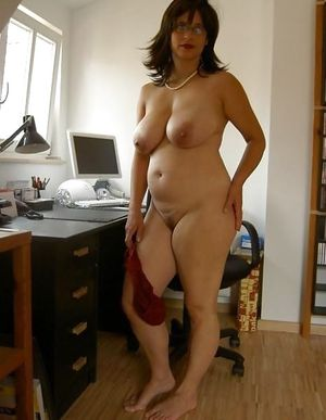 Зрелые толстушки и их любительские фото 4 фото
