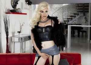 Сharlotte Stokely -сексуальная принцесса 4 фото