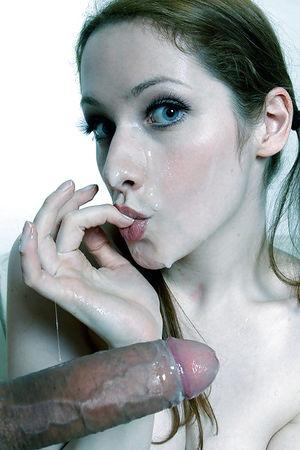 Милые мордашки со спермой на лице 2 фото