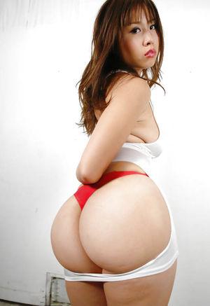 Азиатские большие задницы 9 фото