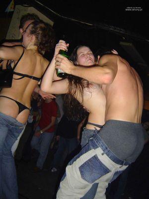 Подборка фотографий с пьяных вечеринок 7 фото