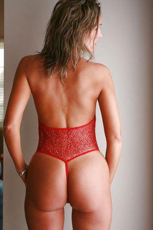 Зрелая женщина с красивым телом 4 фото