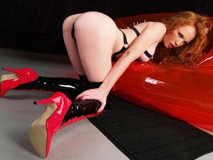 Heather Carolin - рыжеволосая бестия 6 фото