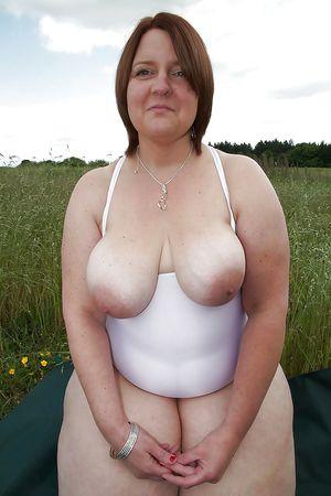 Фото толстых женщин в годах 11 фото