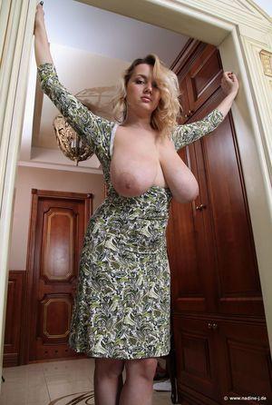 Сисястая мамка засветилась в Киевском отеле 7 фото