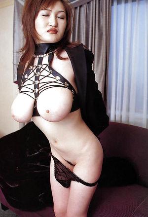 Фото азиатской порно звезды 6 фото