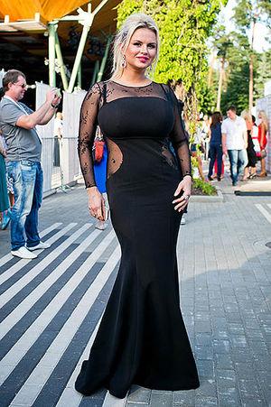 Анны Семенович фото в разных нарядах 8 фото