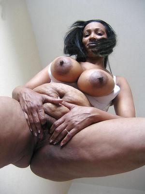 Фото зрелой африканки 8 фото