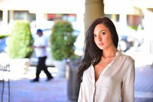Marley Brinx дрочит свою киску на улице 7 фото