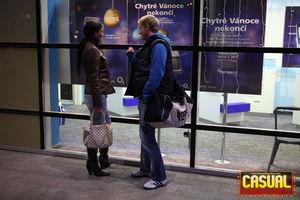 Молодая пара ублажает друг друга с помощью языка 2 фото