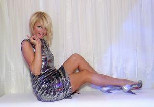 ПревосходнаяПэрис Хилтонв вечерних платьях 1 фото