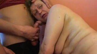 МММЖ, Беспардонные чуваки ебут и снимают на камеру зрелую россиянку, пребывающую в состоянии опьянения