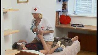 У врача свои методы лечения, смогла поставить на ноги