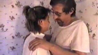 Русскую мужик совратил свою подружку, Таню